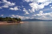 Pantai Dengan Birunya Langit